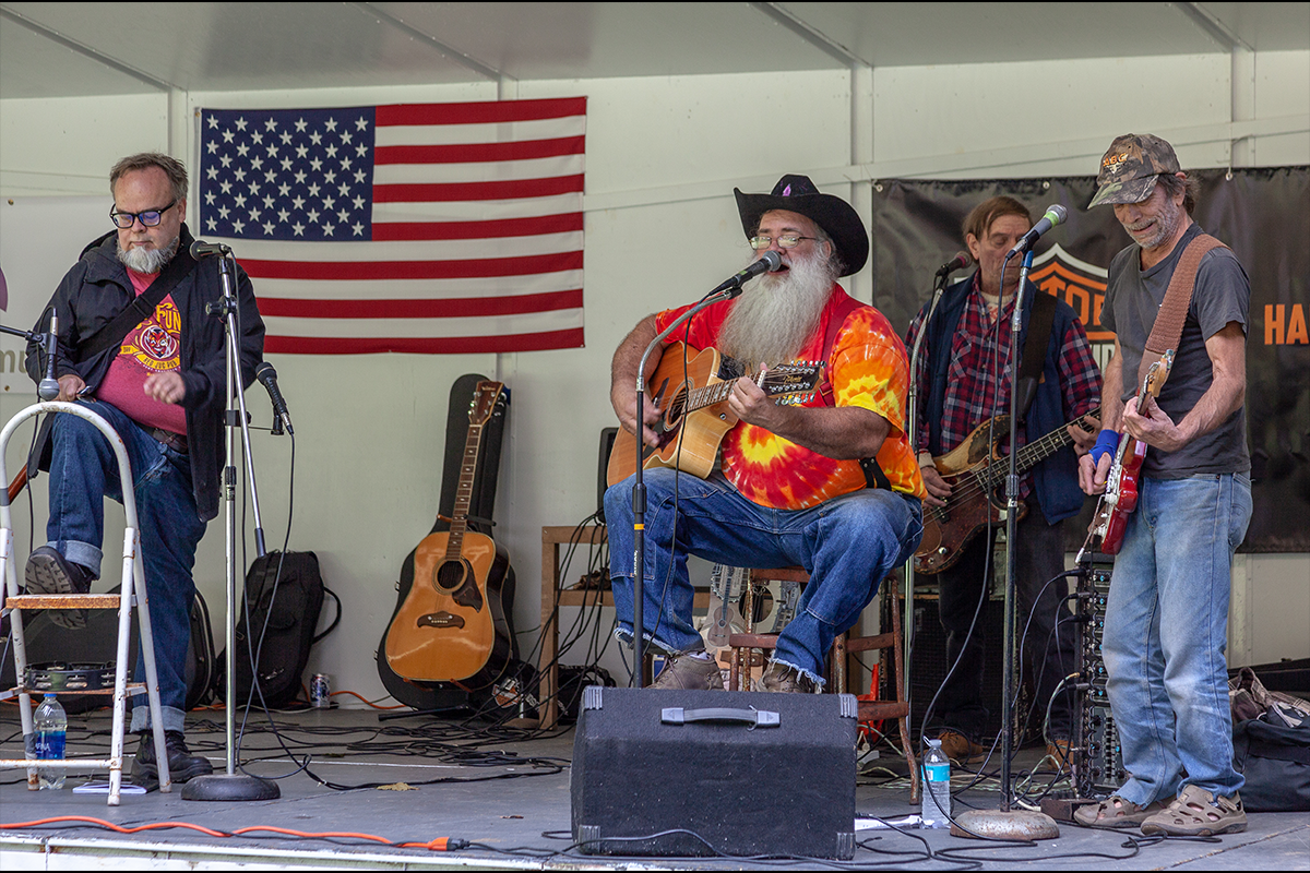 Read more about the article Bluegrass Music Comes to Little Falls,  September 7th from 2 pm to 11 pm at Canal Place